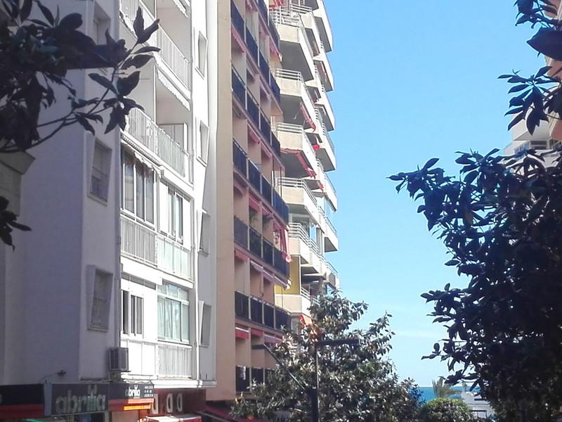 Apartamento Planta Media en venta en Marbella – R3411907