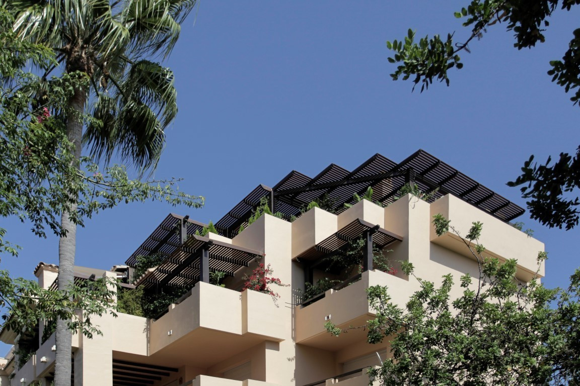 3 bed Penthouse for sale in The Golden Mile