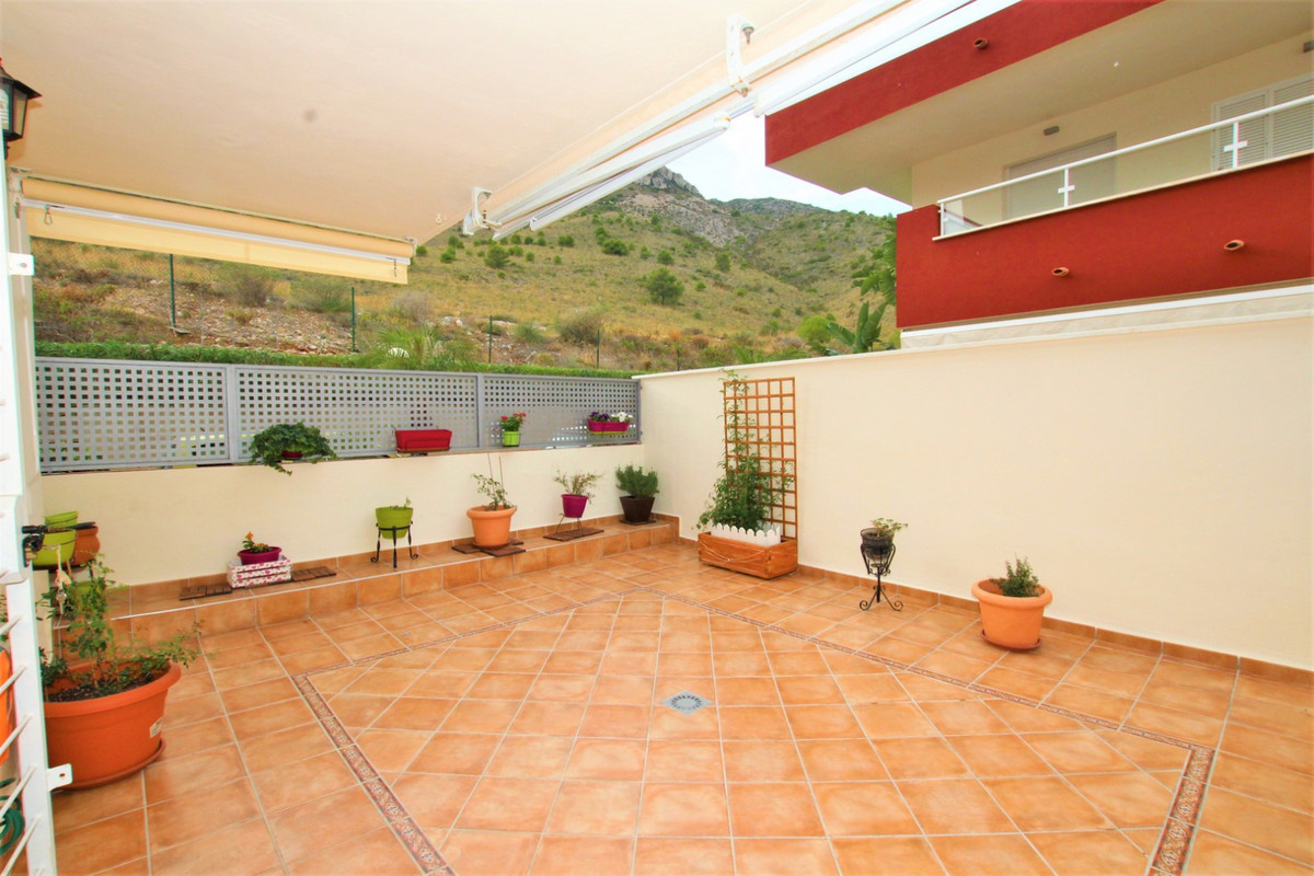 SANTANGELO FLAT 2 bedrooms with large terrace !! Beautiful apartment located in the Santangelo Norte,Spain