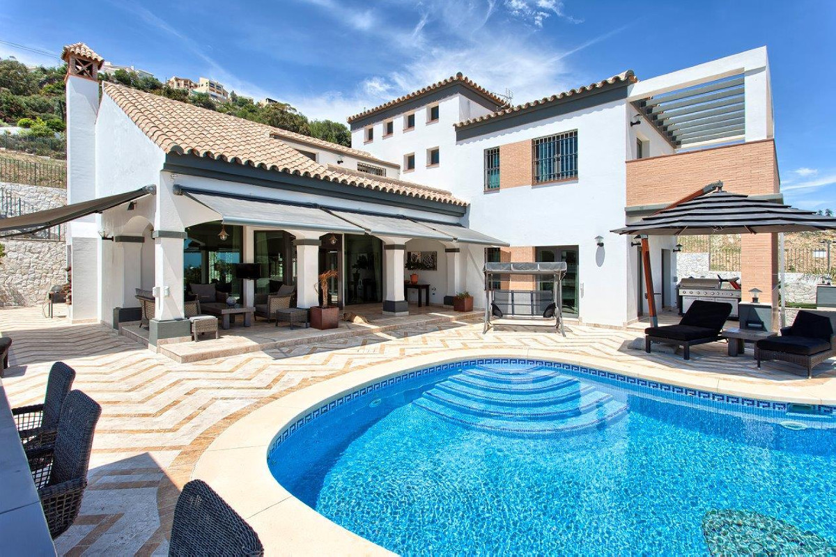 This spacious luxury villa is situated 900 meters from the beach in Benalmadena Costa and offers eve,Spain