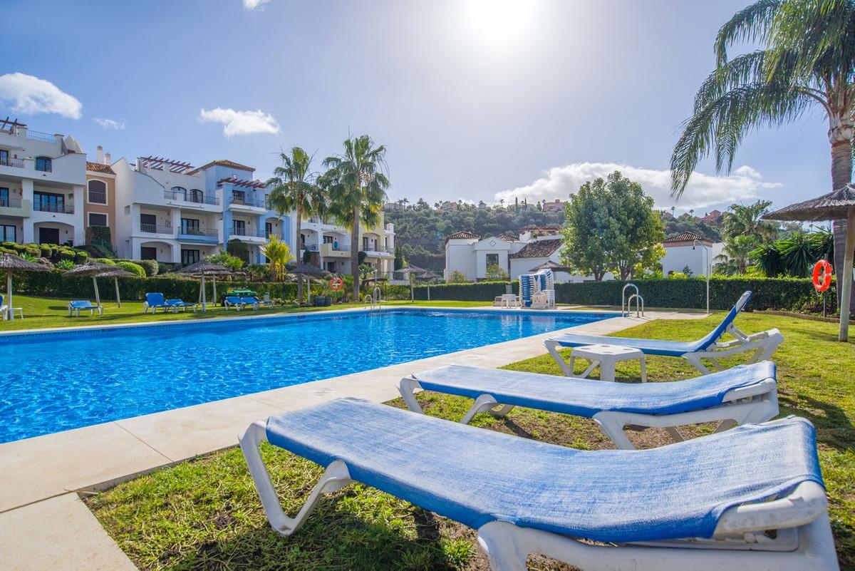 Marbella Banus Apartamento en Planta Última en Venta en Benahavís – R3104044