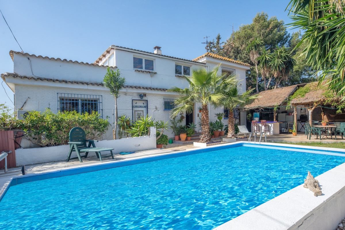This is a villa with incredible potential as a large family home or if you'd like to start your,Spain