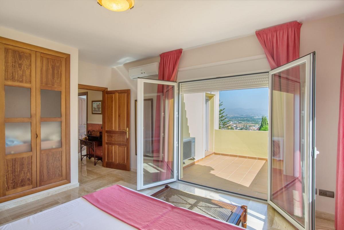 House in Alhaurín de la Torre R3235717 19