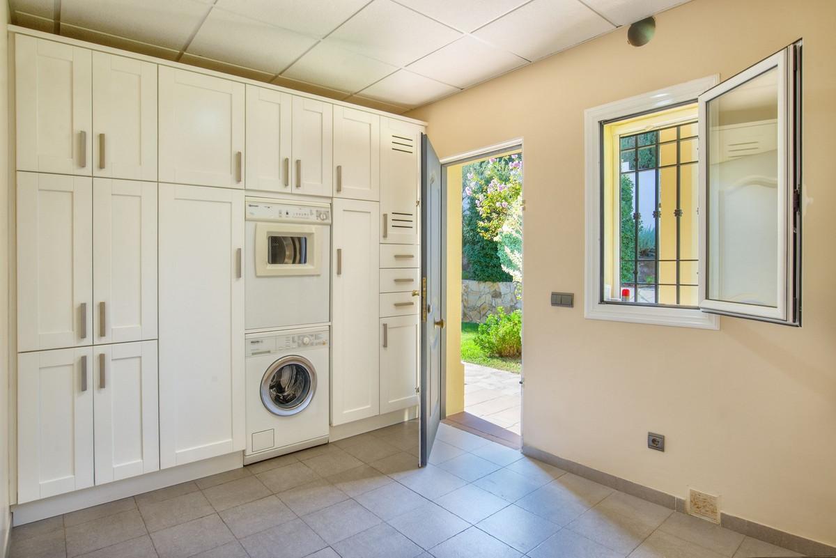 House in Alhaurín de la Torre R3235717 25