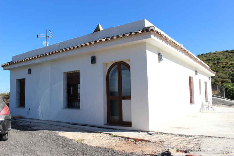 Detached Villa - Estepona - R3442417 - mibgroup.es