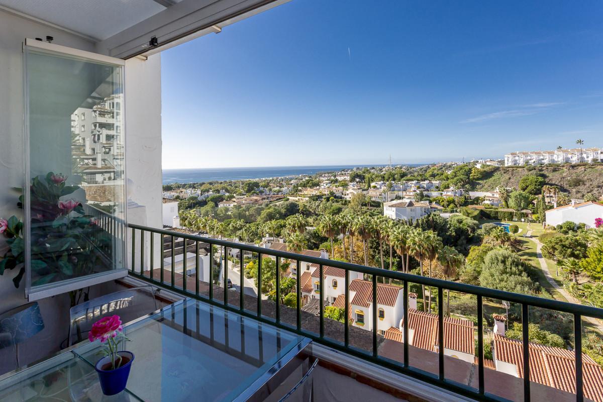 Apartment Middle Floor Calahonda Málaga Costa del Sol R3561124 2