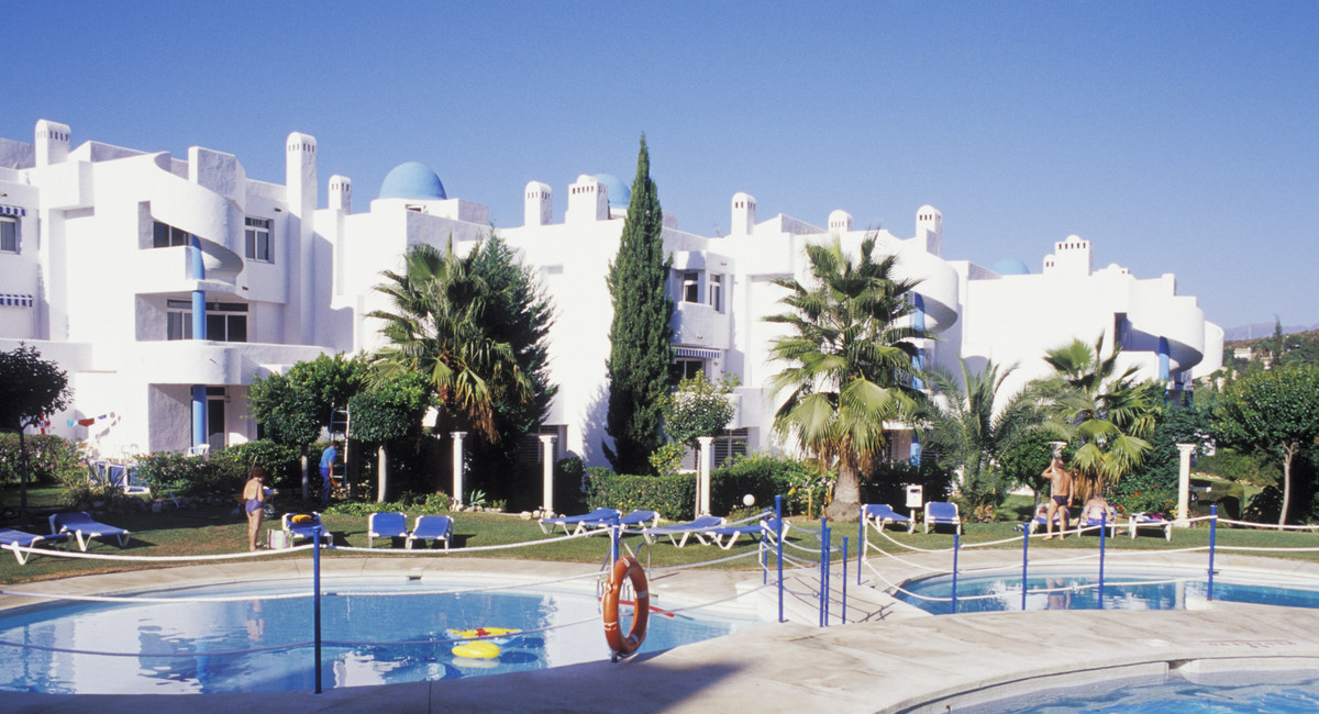 Marbella Banus Apartment for Sale in Calahonda - R3195931