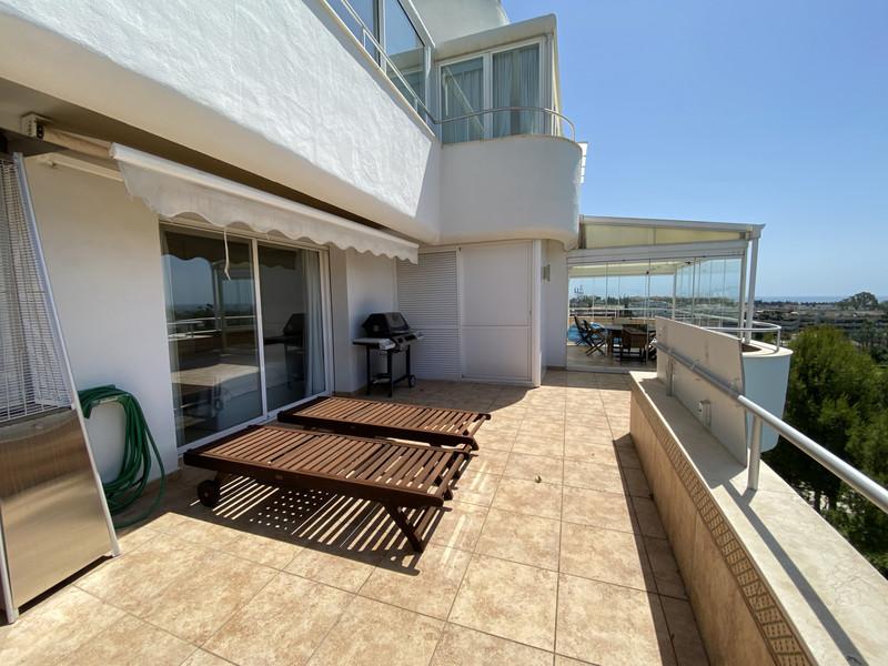 Lägenhet på mellanplan in Guadalmina Alta