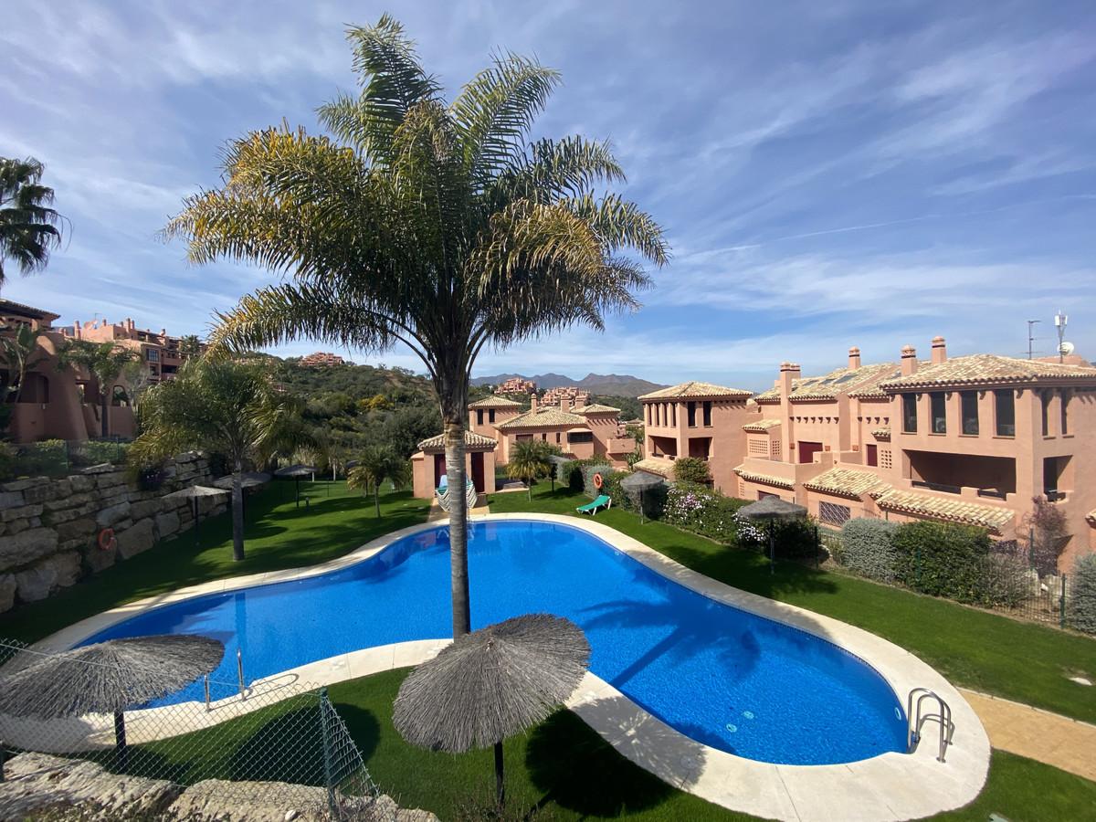Marbella Banus Apartamento en Venta en La Mairena – R3612401
