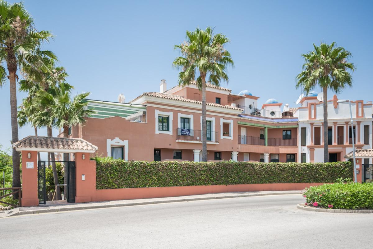 Marbella Banus Apartamento en Venta en Atalaya – R3569983