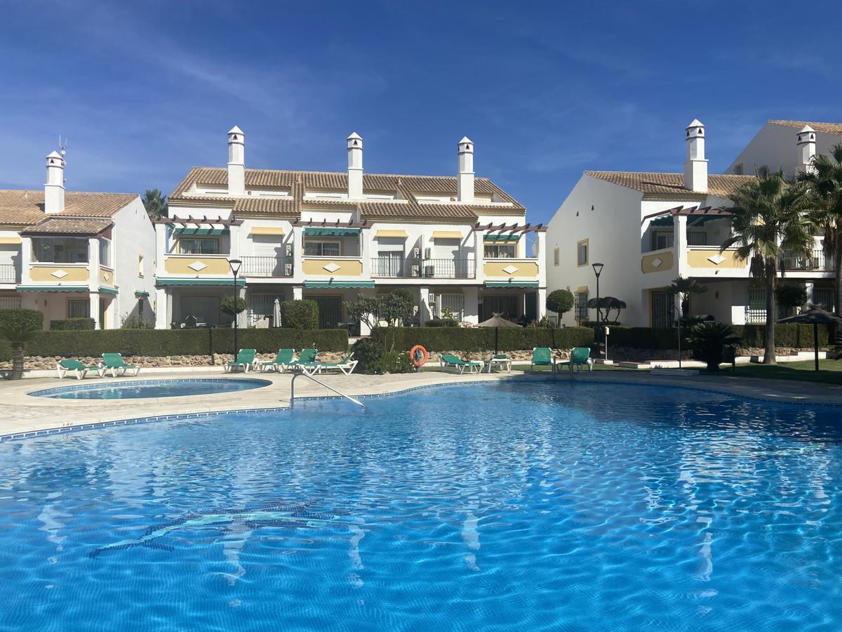 Marbella Banus Apartamento en Venta en Carib Playa – R3943237