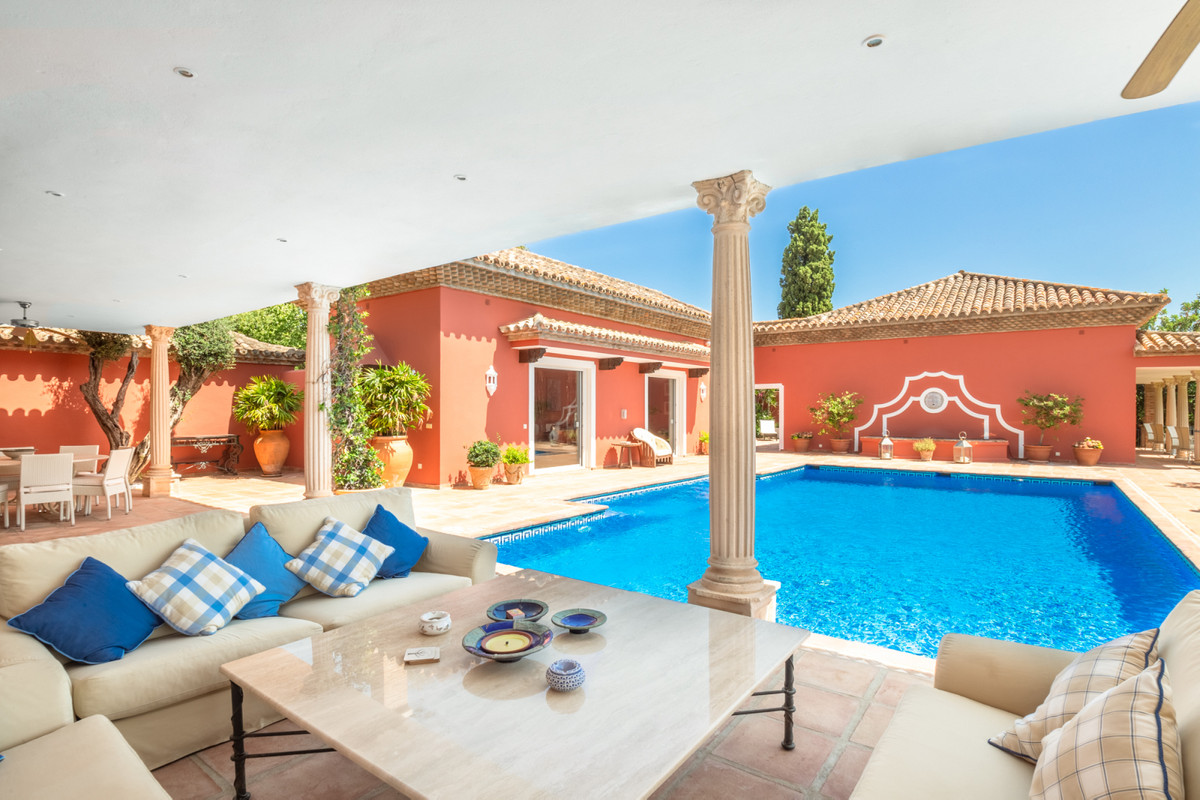 10 Bedroom Villa For Sale - Sierra Blanca