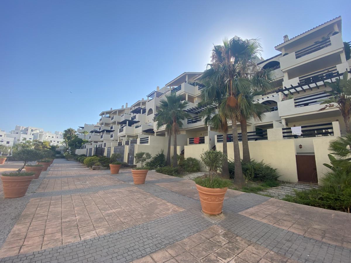 Apartamento en Venta en Atalaya – R3893905