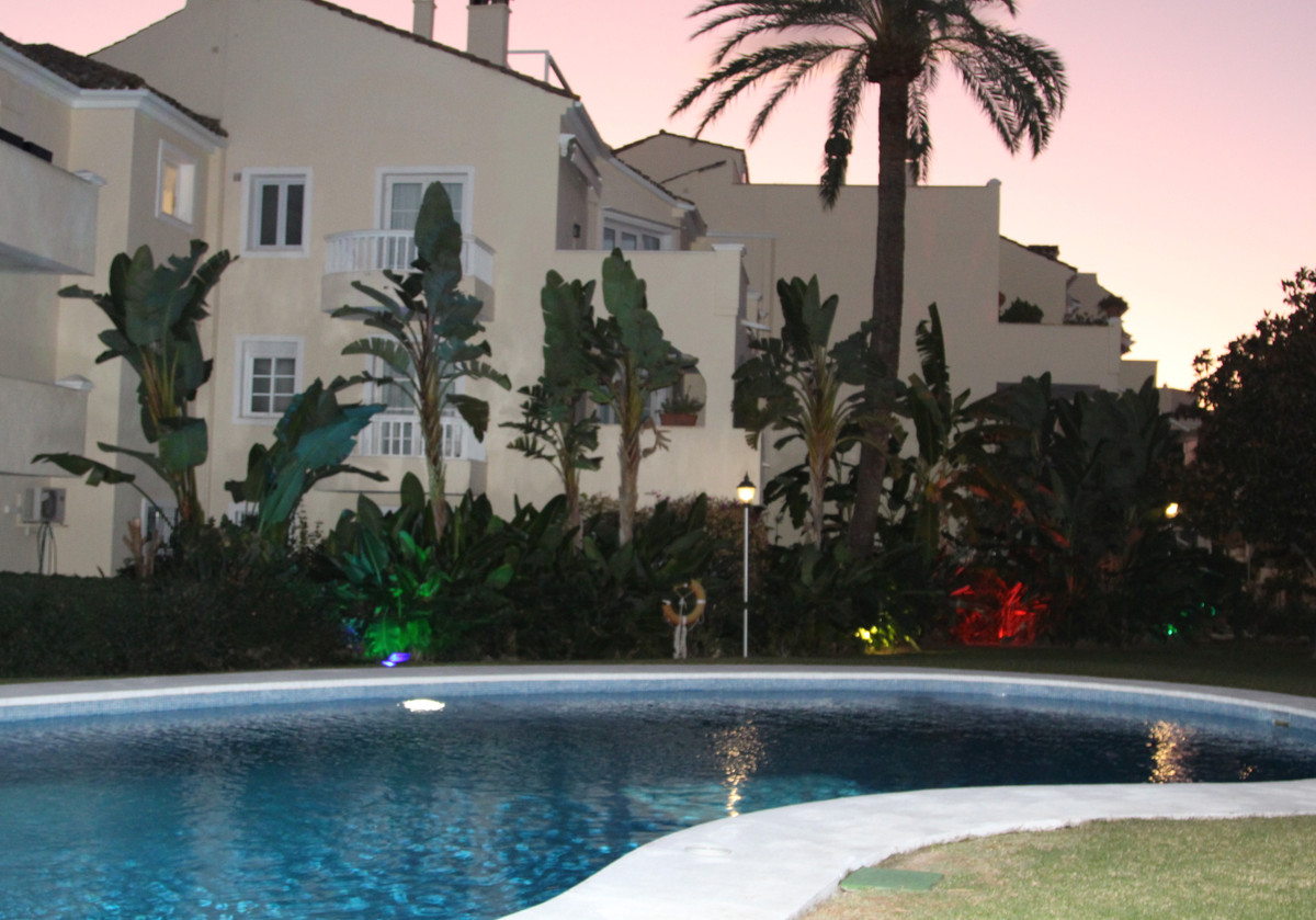 Beautiful penthouse with a roof terrace located in s super nice urbanisation where you have walking ,Spain
