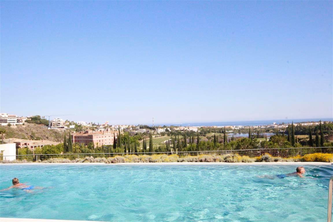 Marbella Banus Apartamento en Venta en Los Flamingos – R3192313