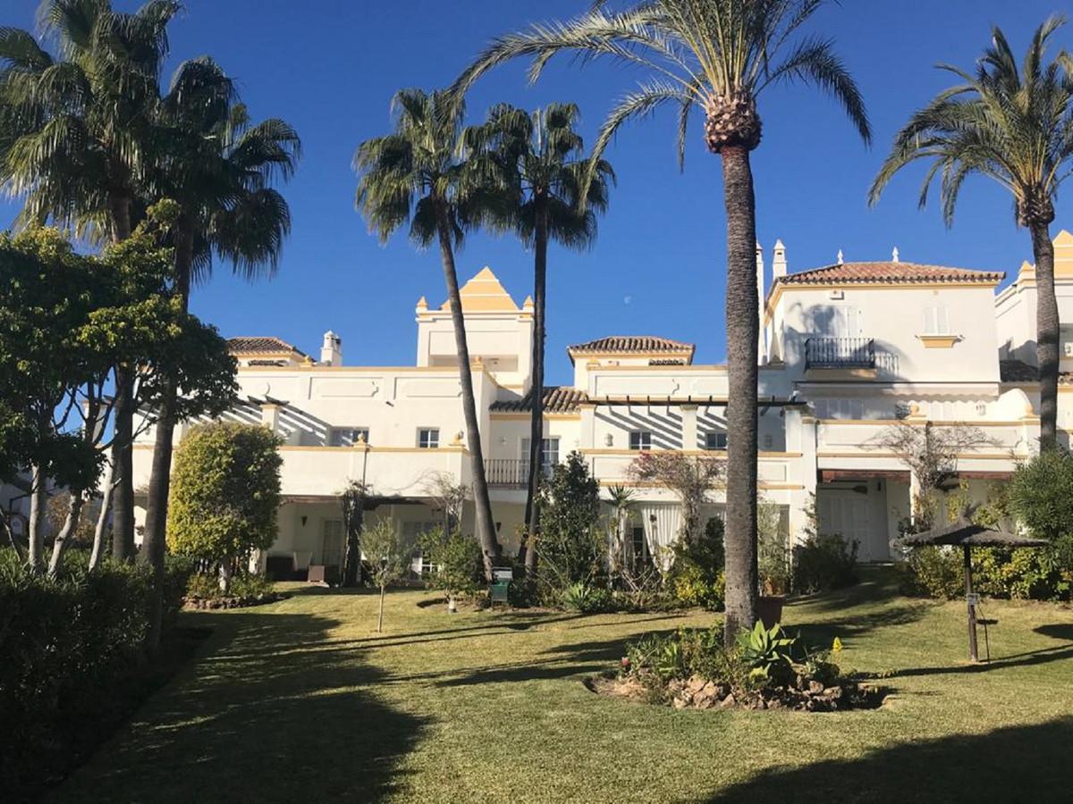 Casa - New Golden Mile - R3772351 - mibgroup.es