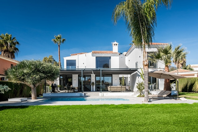 Nueva Andalucia. Front Line Golf ! Truly outstanding 4 bedroom villa near Los Naranjos golf course w Spain
