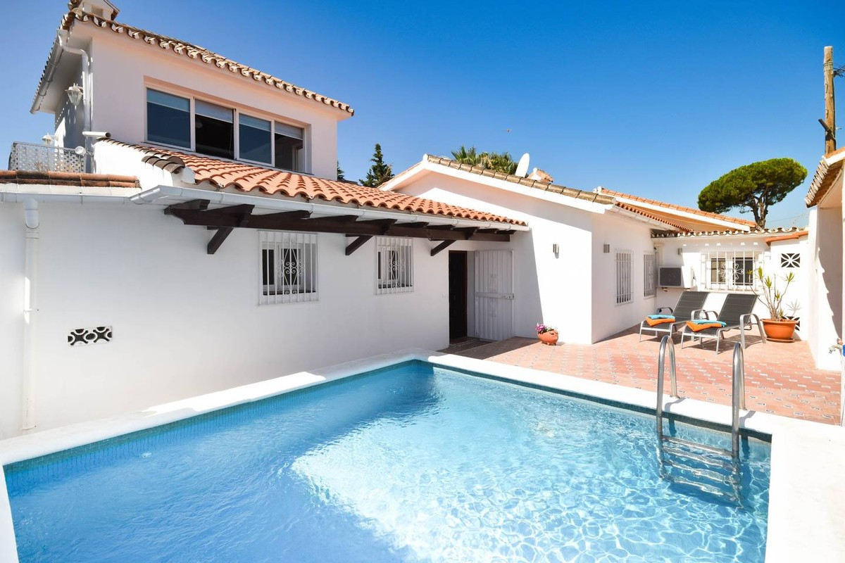 Lovely Spanish casita, recently renovated in a fresh Scandinavian style! Located in an established n, Spain