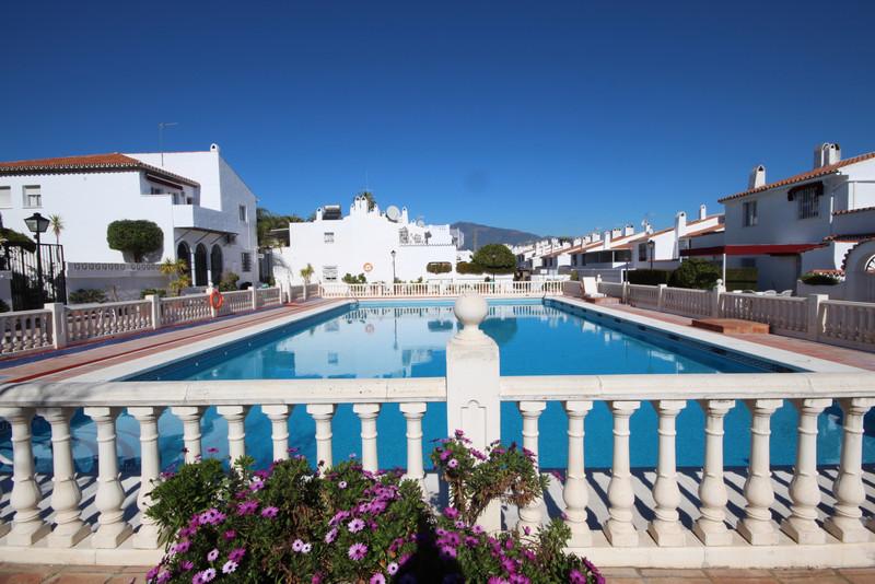 Townhouse - Estepona - R3300136 - mibgroup.es