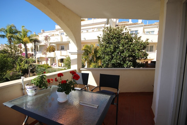 A very attractive two bedroom corner apartment in the popular urbanization of La Fuente del Paraiso , Spain