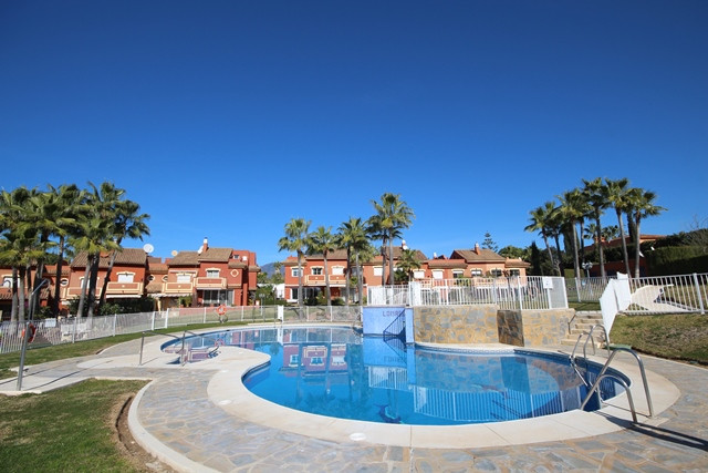 Townhouse for sale in Atalaya R3298870