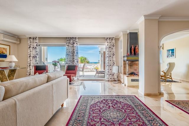 Apartamento en Venta en Atalaya – R3191416