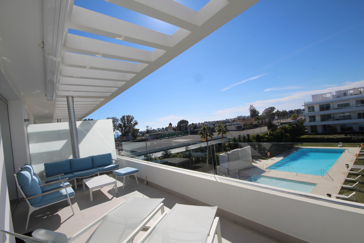 RESALE PENTHOUSE IN RECENT BUILT COMPLEX.  Stunning contemporary penthouse apartment, located in a r,Spain
