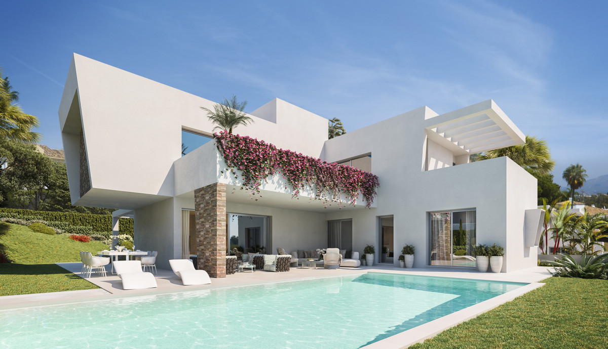 NEW PROJECT IN MONTE BIARRITZ WITH BUILDING LICENSE IN PLACE, ESTEPONA. Unique project of 3 modern v, Spain