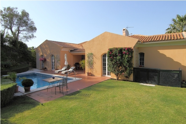 SOTOGRANDE: A beautiful villa with nice sea and mountain views , German built with high standards.Th,Spain