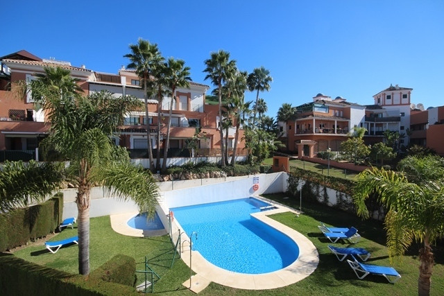 MONTE BIARRITZ: The best Penthouse in the development. The apartment have been nicely decorated with, Spain
