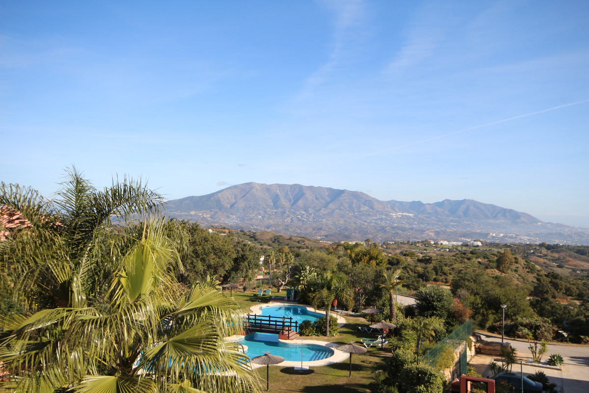 Spectacular Penthouse located in El Soto de la Mairena with stunning views to the Mijas valley and t, Spain