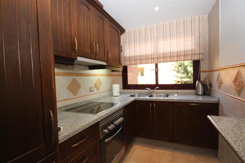 Apartamento Planta Media en venta en Los Flamingos – R3454297