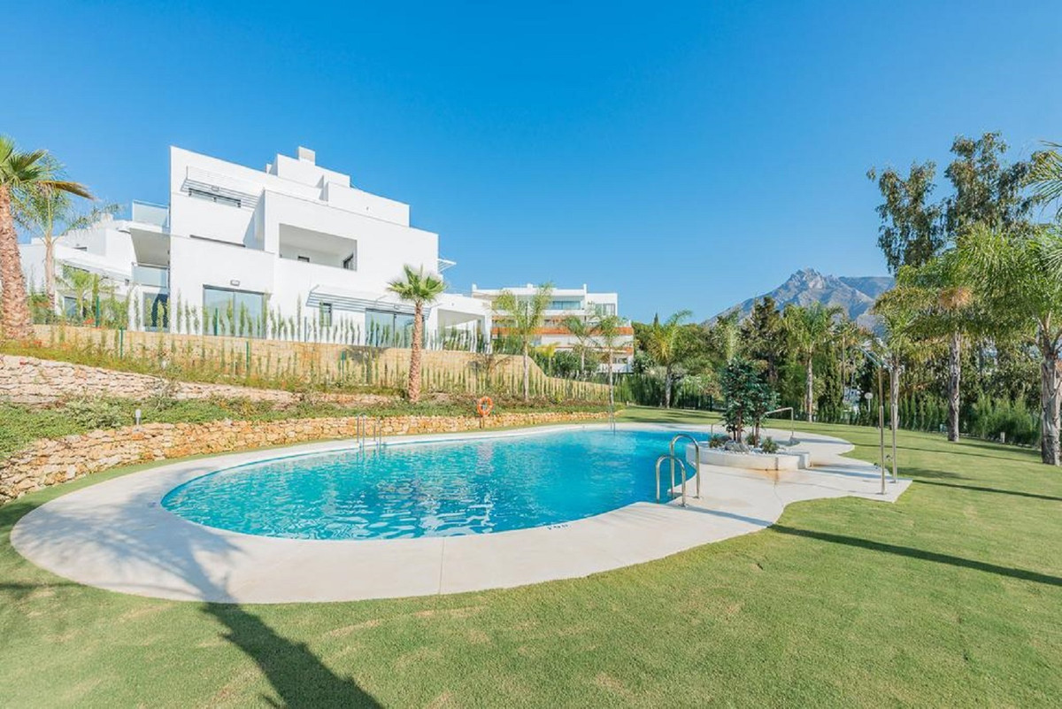 New built property with 3 bedrooms in a prevelegeous location of Marbella, Golden Mile near Puente R,Spain
