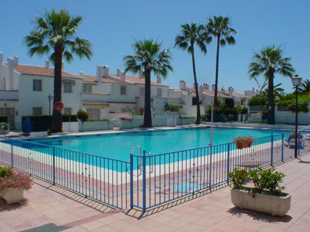 ONE OFF OPORTUNITY! Completely renovated townhouse in Mar y Monte at a bargain price! Mar y Monte is,Spain