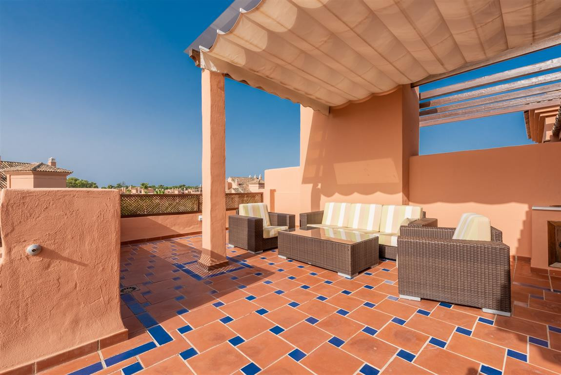 Wonderful penthouse located just 100 meters from the beach! This modern penthouse enjoys large terra,Spain