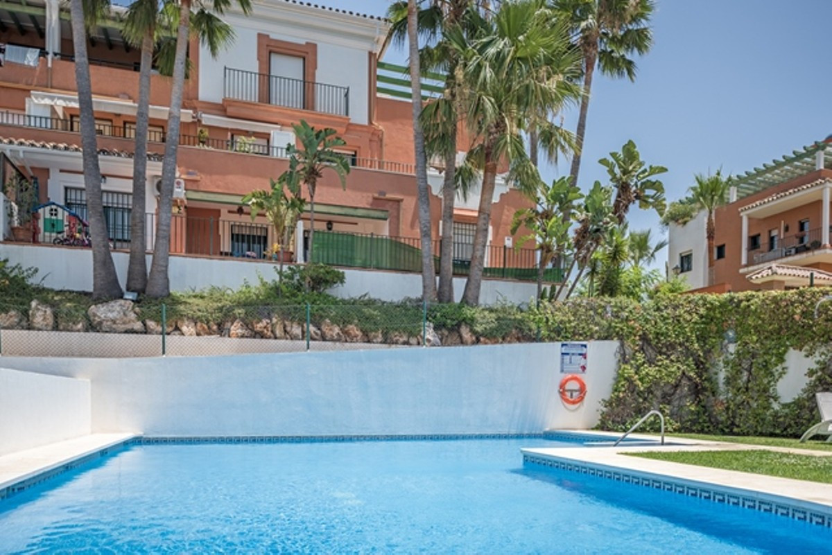Penthouse with large terraces and sea view as far as Gibraltar and Africa!Splendid three bedroom, th,Spain