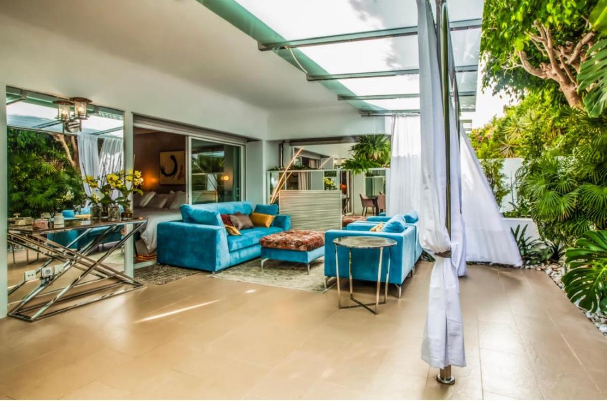 Marbella Banus Apartamento en Venta en The Golden Mile – R3770446