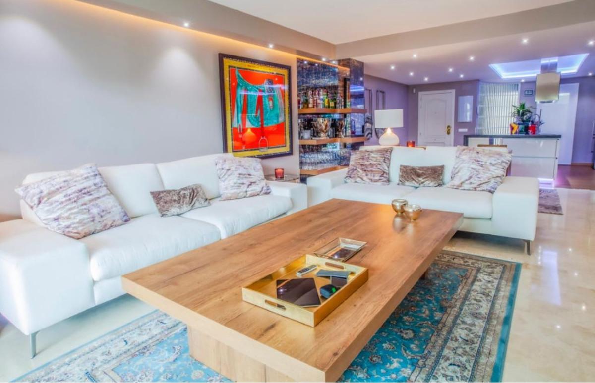 Apartamento en Venta en The Golden Mile – R3770446