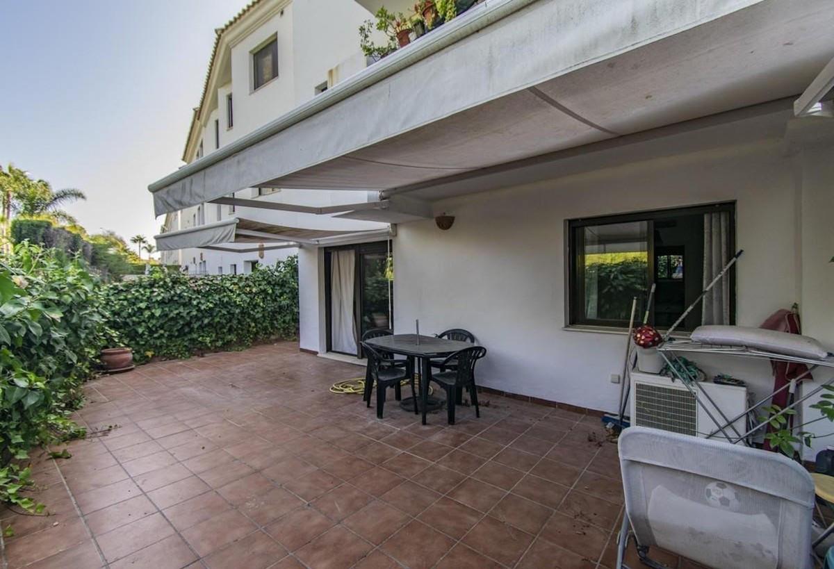 Marbella Banus Apartamento Planta Baja en Venta en Costalita – R3761338