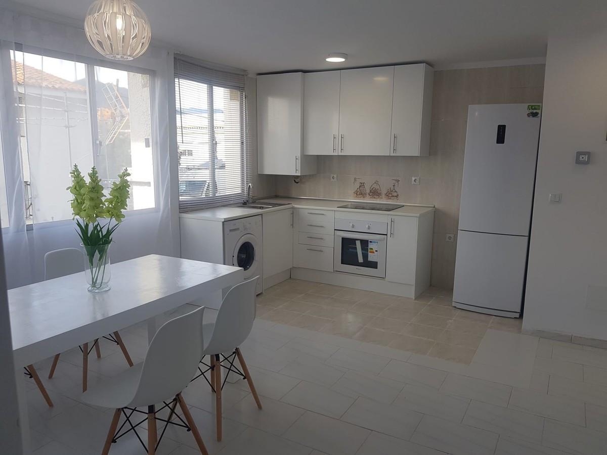 Marbella Banus Apartamento Planta Media en venta en La Campana – R3596002