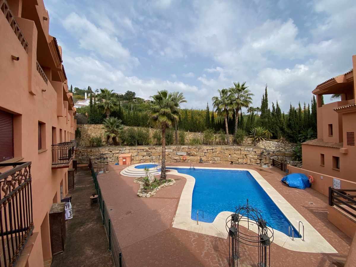 Marbella Banus Apartamento en Venta en El Paraiso – R3805135