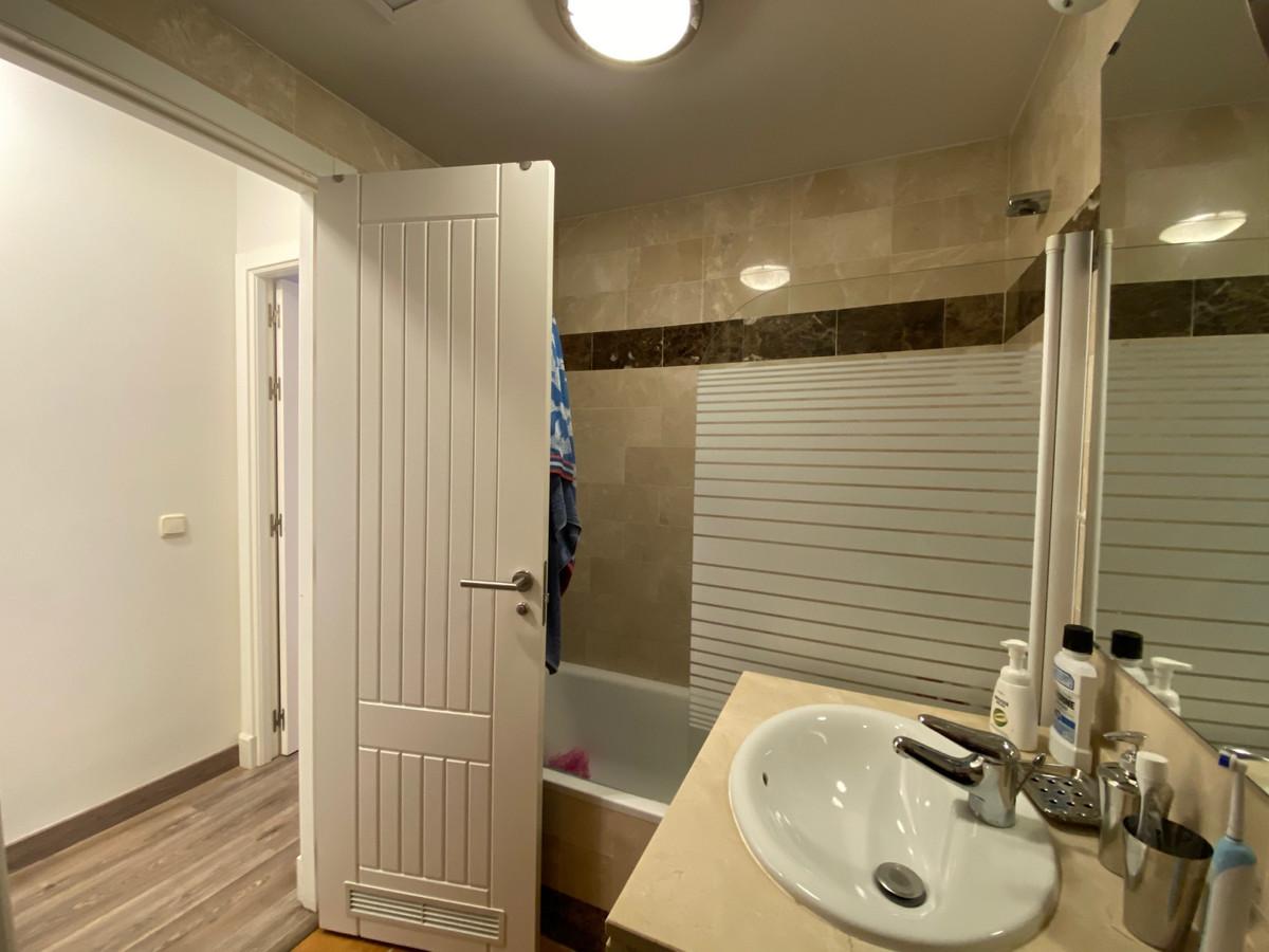 Apartamento en Venta en El Paraiso – R3805135