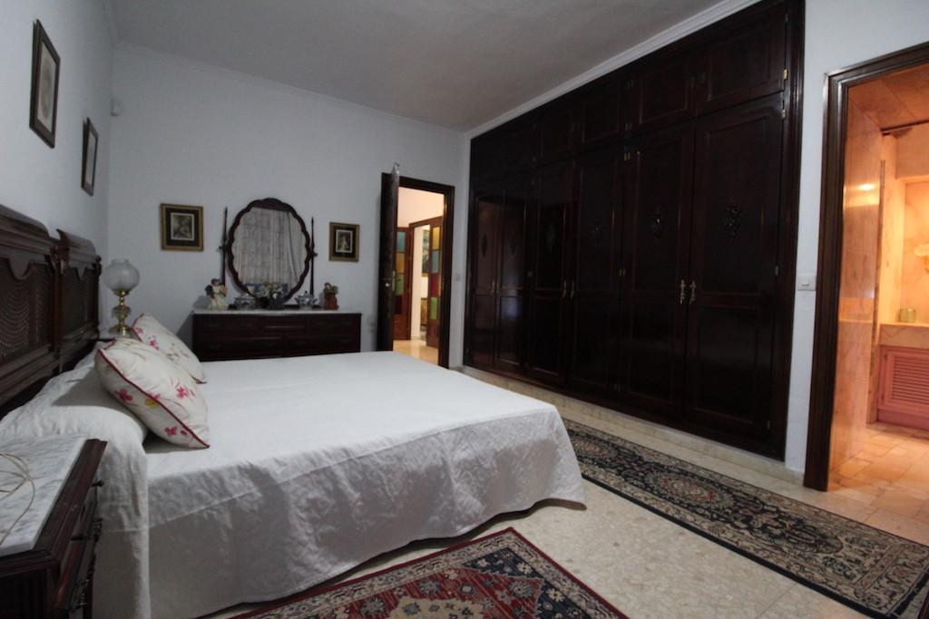 House in Benahavís R3300862 32