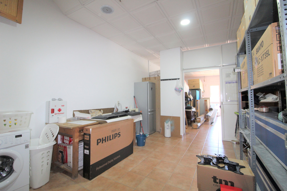 Commercial in Atalaya