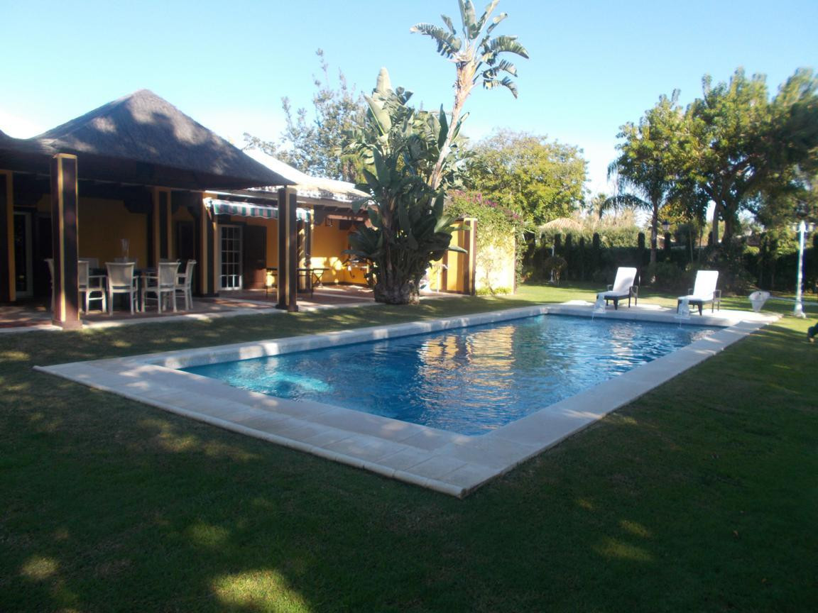 House for Sale in Atalaya, Costa del Sol
