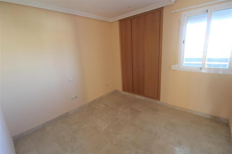 Apartamento Planta Media en venta en Selwo – R2677493