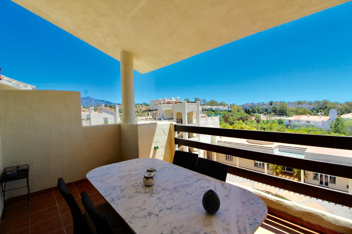 Apartment Penthouse in Atalaya, Costa del Sol
