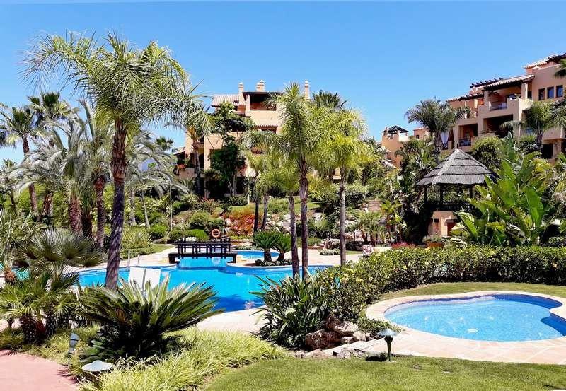 Marbella Banus Apartamento Planta Baja en Venta en Atalaya – R3303061