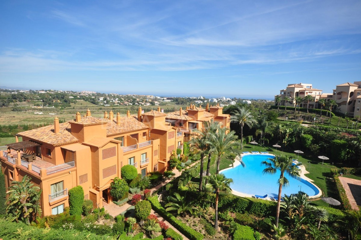 THE PROPERTY  Excellent apartment with 2 bedrooms and 2 full bathrooms, one of them en suite, with l, Spain
