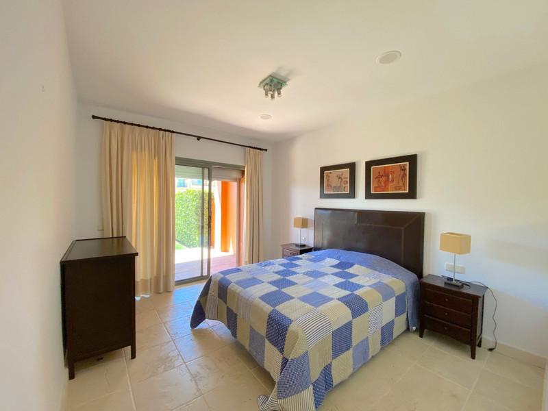 Apartamento Planta Baja en venta, Estepona – R3117991